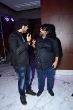 Siddharth Mahadevan, Pritam Chakraborty at Dilwale music celebrations by Sony Music on 14th Dec 2015 (94)_566fd6b2c716f.JPG