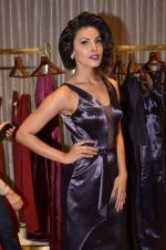 Deepti Gujral at Shivani Awasty collection launch at AZA on 16th Dec 2015 (105)_567275f2203aa.JPG