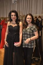 Pooja Bedi, Poonam Dhillon at Shivani Awasty collection launch at AZA on 16th Dec 2015 (31)_567276513d1f9.JPG