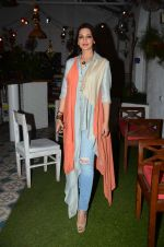 Sonali Bendre at Fun Food launch on 16th Dec 2015 (17)_56726b350836d.JPG