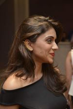 Zoa Morani at Shivani Awasty collection launch at AZA on 16th Dec 2015