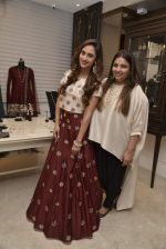 Krystle D_Souza at Payal Singhal and Moksh Jewellery preview on 17th Dec 2015 (35)_56739cdb7a234.JPG