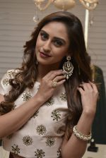 Krystle D_Souza at Payal Singhal and Moksh Jewellery preview on 17th Dec 2015 (36)_56739cdc163ad.JPG