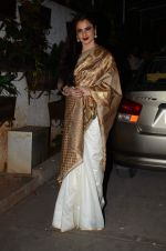 Rekha at Bajirao Mastani screening in Sunny Super Sound on 17th Dec 2015 (117)_5673a5e37d31d.JPG