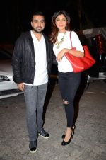 Shilpa Shetty, Raj Kundra at Bajirao Mastani screening in Sunny Super Sound on 17th Dec 2015