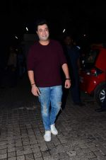 Varun Sharma at Dilwale screening in PVR Juhu and PVR Andheri on 17th Dec 2015 (15)_5673a23f2aed2.JPG