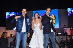 Aftab Shivdasani, Gauhar Khan, Tusshar Kapoor at Kya Kool Hain Hum 3 launch on 18th Dec 2015 (70)_5675581ba7ad8.JPG