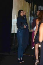 Rhea Kapoor at Volkswagen car launch on 19th Dec 2015 (26)_5676a82cacc79.JPG