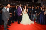 Aishwarya Rai Bachchan, Amitabh Bachchan at the red carpet of Stardust awards on 21st Dec 2015 (1417)_567941f52d4d2.JPG