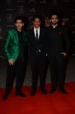 Armaan Malik, Amaal Mallik at the red carpet of Stardust awards on 21st Dec 2015 (687)_56793cd46cfe8.JPG
