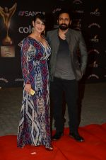 Preeti Jhangiani, Pravin Dabas at the red carpet of Stardust awards on 21st Dec 2015 (847)_5679400474c6b.JPG