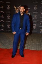 Salman Khan at the red carpet of Stardust awards on 21st Dec 2015 (1141)_5679533b31a68.JPG