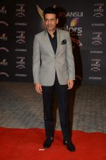 at the red carpet of Stardust awards on 21st Dec 2015 (508)_56795465c582c.JPG