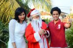 Anup Jalota as Santa with photo shoot of Nilanjana on 22nd Dec 2015 (7)_567a53f451934.JPG