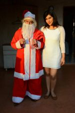 Anup Jalota as Santa with photo shoot of Nilanjana on 22nd Dec 2015