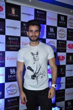 Karan Tacker at Telly Calendar launch in Mumbai  on 22nd Dec 2015