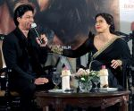 Shahrukh Khan and Kajol in Kolkatta for Dilwale promotions on 22nd Dec 2015