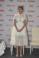 sonam kapoor at glamfare issue of filmfare cover launch on 23rd Dec 2015