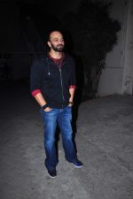 Rohit Shetty snapped at Mehboob studio on 23rd Dec 2015 (26)_567ba67800a62.JPG