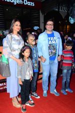 Sonali bendre, Goldie Behl at Star Wars premiere on 23rd Dec 2015 (34)_567ba8ee11b99.JPG