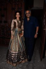 Sridevi, Boney Kapoor at Anil kapoor_s bday bash on 23rd Dec 2015 (19)_567bcbfe10653.JPG