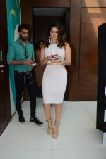 Sunny Leone at xmas shoot with vir das on 23rd Dec 2015 (2)_567ba6582f924.JPG