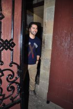 Varun Dhawan  at Anil kapoor_s bday bash on 23rd Dec 2015 (109)_567bcdcab5f40.JPG