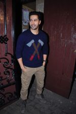 Varun Dhawan  at Anil kapoor_s bday bash on 23rd Dec 2015 (110)_567bcdcb611dc.JPG