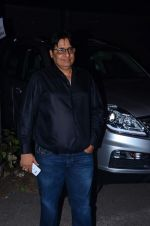 Vashu Bhagnani at Jackky Bhagnani_s bday bash on 24th Dec 2015 (33)_567cfad9ef796.JPG