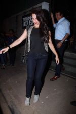 Seema Sachdev Khan at Khan family dinner in Nido on 25th Dec 2015 (17)_567e7a8f7d3b0.JPG