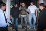 Sohail Khan, Salim Khan at Khan family dinner in Nido on 25th Dec 2015