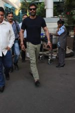 Ajay Devgan snapped at Airport on 28th Dec 2015