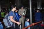 Emraan Hashmi leaves for New Year_s on 28th Dec 2015 (26)_56822f96889f4.JPG