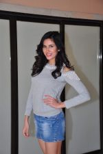 Sonnalli Seygall at country club shoot on 28th Dec 2015 (44)_568230693547c.JPG