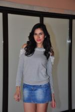 Sonnalli Seygall at country club shoot on 28th Dec 2015 (46)_5682306abe574.JPG