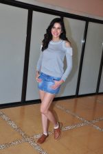 Sonnalli Seygall at country club shoot on 28th Dec 2015 (52)_568230704713f.JPG