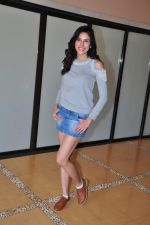 Sonnalli Seygall at country club shoot on 28th Dec 2015 (53)_5682307105b64.JPG