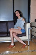 Sonnalli Seygall at country club shoot on 28th Dec 2015 (54)_56823072011d1.JPG