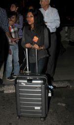 Konkona Sen Sharma at domestic ariport on 29th Dec 2015 (10)_56838cbd24100.JPG