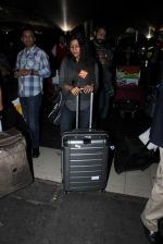 Konkona Sen Sharma at domestic ariport on 29th Dec 2015 (13)_56838cbfb1656.JPG