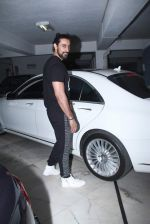 Kunal Kapoor at Sameer Nair_s party on 29th Dec 2015 (15)_56838d4c99313.JPG