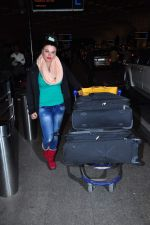 Rakhi Sawant at international airport on 29th Dec 2015 (5)_56838d02079cd.JPG