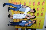 Tusshar Kapoor, Aftab Shivdasahani and Gauhar khan at Radio Mirchi studio to promote their fim Kya kool hai Hum on 29th Dec 2015 (9)_5683880a8d200.JPG