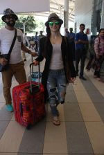Elli Avram snapped at airport on 31st Dec 2015