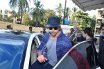 Hrithik Roshan snapped with kids at pvr on 2nd Jan 2016 (1)_5688fe45a0882.JPG