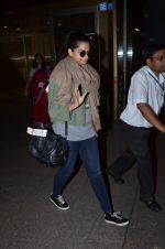 Rhea Kapoor snapped at airport on 2nd Jan 2016