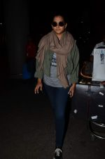 Rhea Kapoor snapped at airport on 2nd Jan 2016 (85)_5688ff28ae7fa.JPG