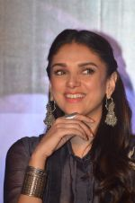 Aditi Rao Hydari at Wazir press meet on 3rd Jan 2016