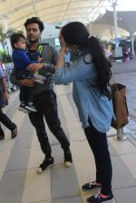 Riteish Deshmukh, Genelia D Souza snapped at domestic airport on 3rd Jan 2016