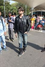Neil Mukesh snapped at airport on 4th Jan 2016